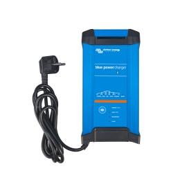 Blue Smart IP22 Charger 12V/15A (3)